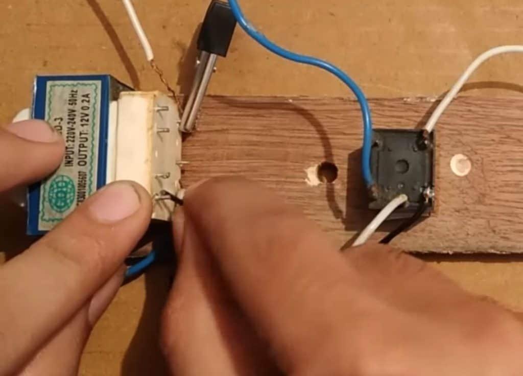 DIY DC To AC Inverter